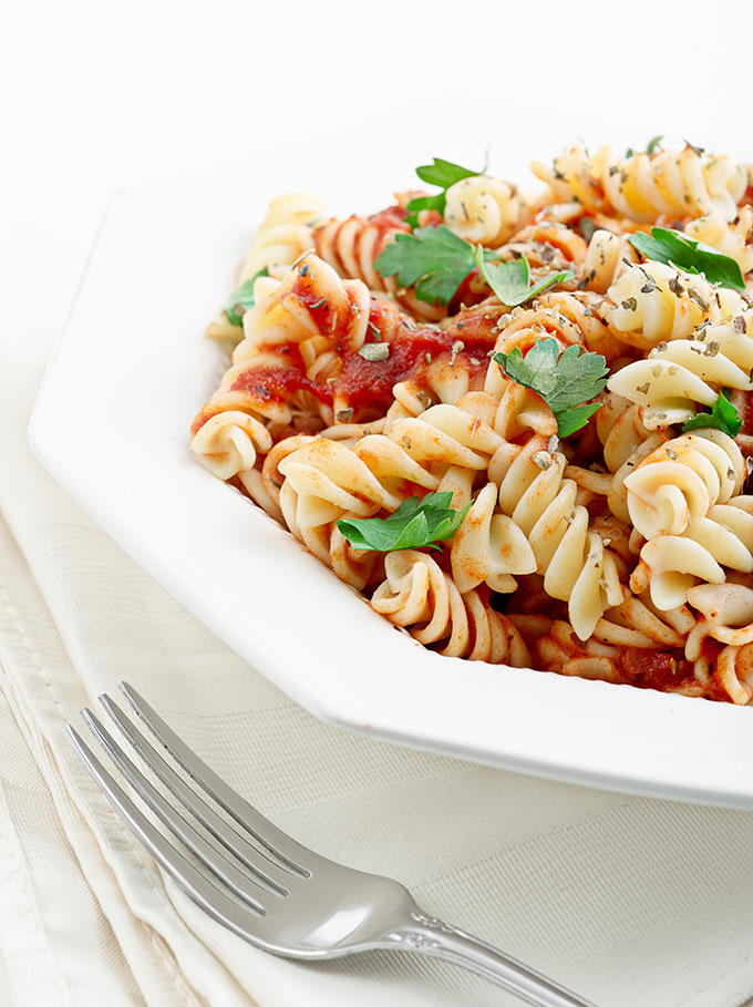 Rotini with Spicy Red Pepper and Almond Sauce