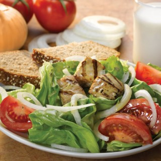 Vidalia Onion and Tomato Salad with Grilled Tuna Recipe